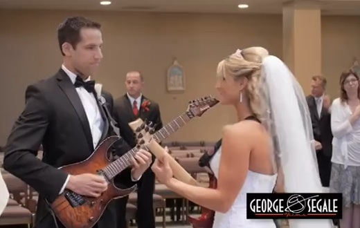bride and groom play guitar duet before tying the knot the wimn the women 39 s international. Black Bedroom Furniture Sets. Home Design Ideas