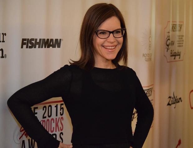 Singer-Songwriter Lisa Loeb
